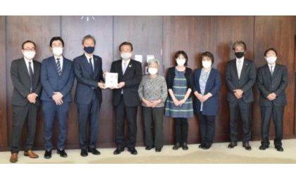東京・八王子市内の3遊技場組合が社会福祉協議会に寄付、10回目 eyecatch-image