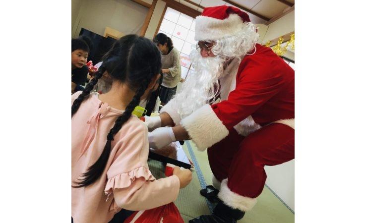 アシベ商事が下田市の児童クラブにクリスマスケーキを寄贈 eyecatch-image