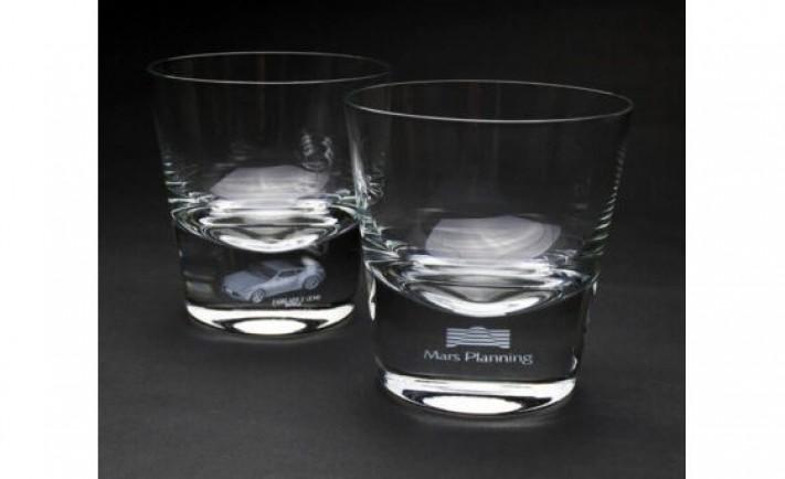 【新製品】高級感が際立つ逸品をホール賞品に!~「職人技×特許技術」 が生み出した、 記憶に刻まれるグラス~