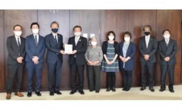 東京・八王子市内の3遊技場組合が社会福祉協議会に寄付、10回目